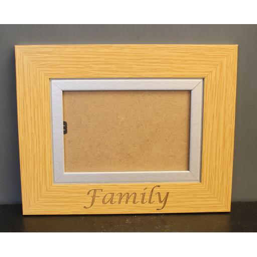Blank frame 6 x 4 light wood